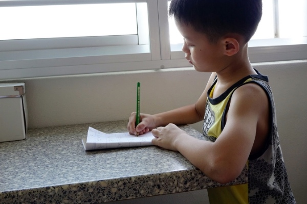 how to start writing a story tips - child creative writing