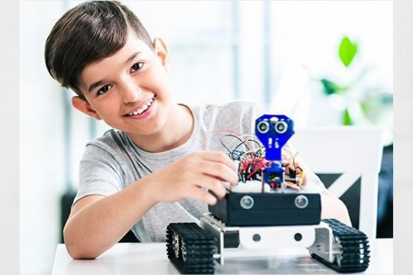 child building blocks Artificial Intelligence