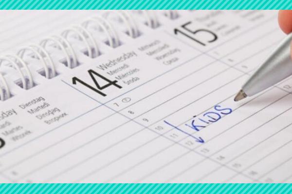 kids managing calendar